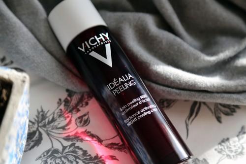 vichy-peeling-idealia_02